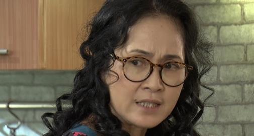 Ngay lập tức bà Phương đáp trả bênh vực con trai mình.