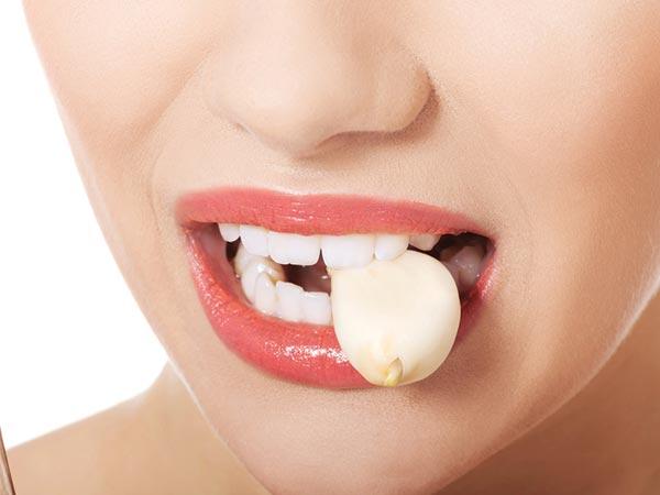 9 điều cấm kỵ khi ăn tỏi: Làm được đủ thì rất tốt! - Ảnh 2.