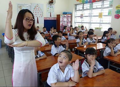Giữ trật tự và cách xin phát biểu trong lớp