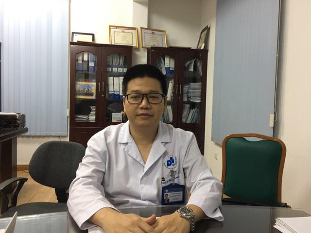 PGS.TS Lê Hữu Doanh, Phó giám đốc bệnh viện Da liễu Trung ương (Ảnh: P.T)