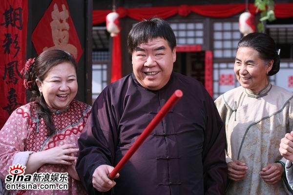 Bi kịch đời chàng mập nổi tiếng nhất Trung Hoa: Đóng phim nóng để trả nợ vì sa cơ lỡ vận - Ảnh 3.