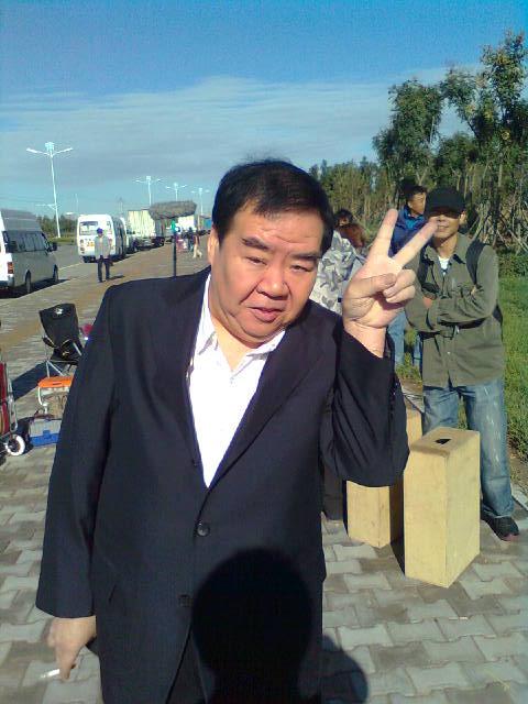 Bi kịch đời chàng mập nổi tiếng nhất Trung Hoa: Đóng phim nóng để trả nợ vì sa cơ lỡ vận - Ảnh 4.