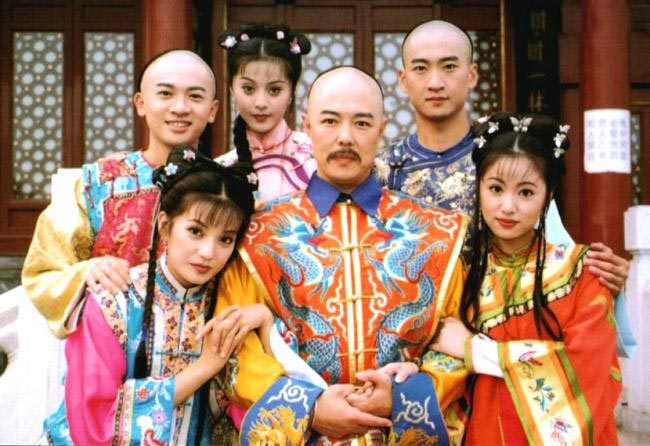 Châu Kiệt: Từ Nhĩ Khang vạn người mê cho tới tới kẻ cờ bạc, nợ nần bị làng giải trí tẩy chay - Ảnh 1.
