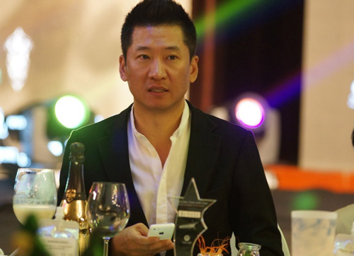 Châu Kiệt: Từ Nhĩ Khang vạn người mê cho tới tới kẻ cờ bạc, nợ nần bị làng giải trí tẩy chay - Ảnh 4.