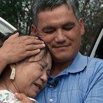 Cuộc đoàn tụ trên đất Mỹ giữa người mẹ Việt và đứa con thất lạc 48 năm