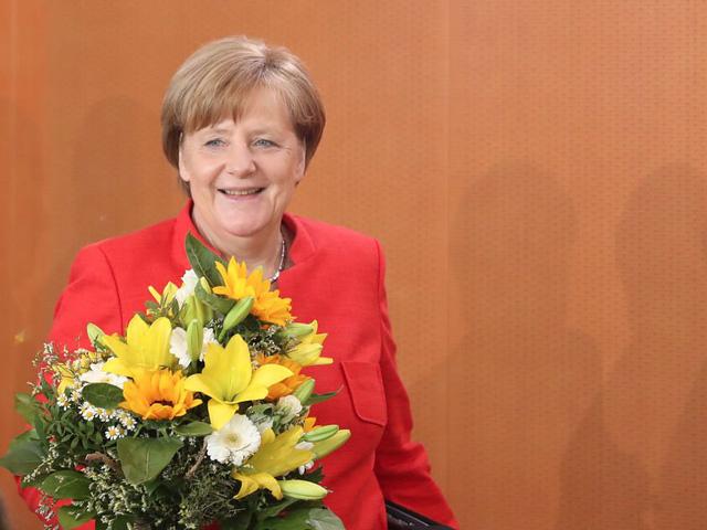 Trở thành Thủ tướng Đức năm 2005, bà Angela Merkel luôn nằm trong dánh sách những người phụ nữ quyền lực nhất hành tinh. Khi mọi ánh mặt đều đổ dồn về Đức, nơi tổ chức Hội nghị Thượng đỉnh G-20 năm 2017, vai trò của bà Merkel càng được tô đậm. Trong vai trò chủ nhà, bà Merkel chủ trì các cuộc họp thượng đỉnh, nhằm giải quyết những vấn đề đang khiến cả thế giới quan tâm. Tuy nhiên, cuộc sống riêng của nữ Thủ tướng Đức lại ít được biết tới.