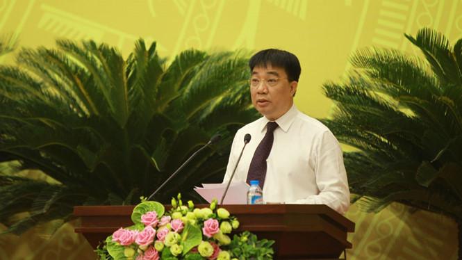 Ông Vũ Văn Viện, Giám đốc Sở GTVT Hà Nội trình bày đề án /// Ảnh MH