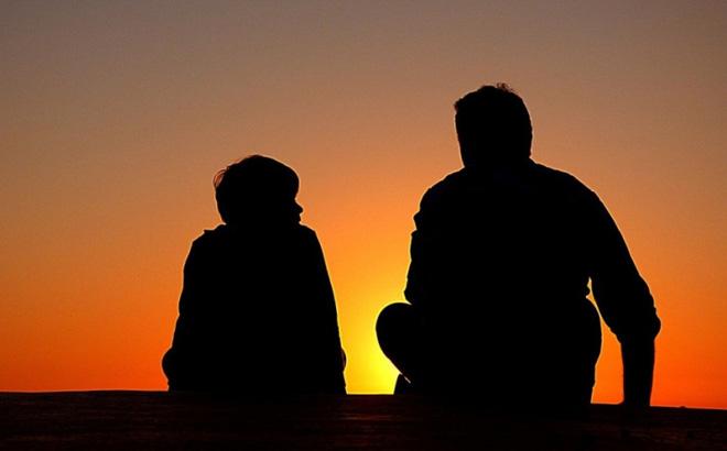 Kiên trì dạy con 3 việc này từ nhỏ, bố mẹ sẽ giúp con có một tương lai giàu có!