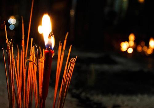 8 điều cấm kỵ trong tháng 7 âm lịch cô hồn để gia đình bình an, tâm linh yên ổn
