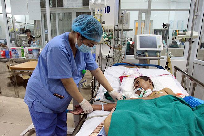 Hà Nội: Bị sốt xuất huyết, đừng tự ý làm điều này, nếu không muốn mất mạng