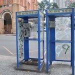 Những bốt điện thoại cuối cùng ở Hà Nội và ký ức một thời mong lắm một cuộc gọi từ trên phố