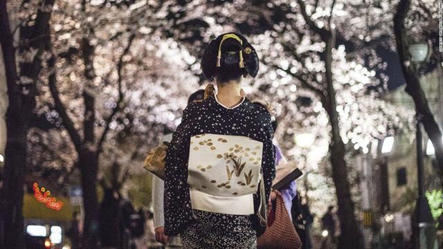 Con đường vào nghề khắc nghiệt của các Geisha tập sự - Ảnh 5.