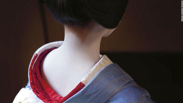 Con đường vào nghề khắc nghiệt của các Geisha tập sự - Ảnh 7.