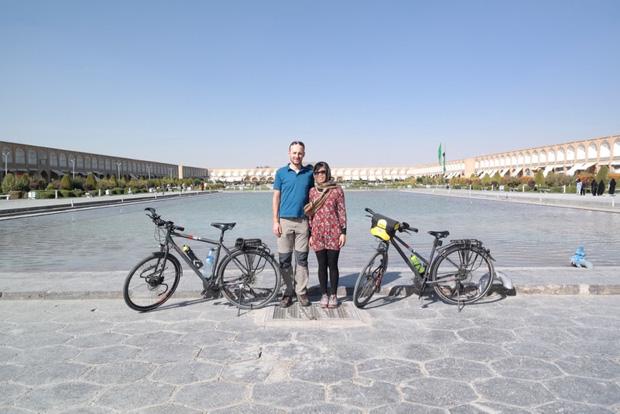 Đôi vợ chồng Việt - Hung đạp xe hơn 11.000km từ Hungary về Việt Nam - Ảnh 12.