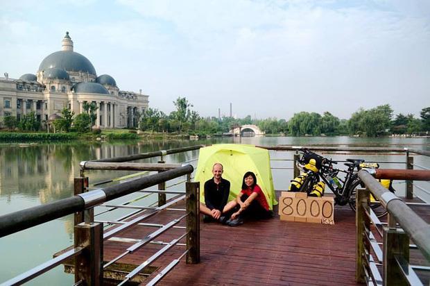 Đôi vợ chồng Việt - Hung đạp xe hơn 11.000km từ Hungary về Việt Nam - Ảnh 17.
