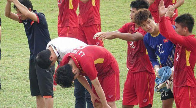 Hóa ra, thua Thái Lan chưa phải là điều đau đớn nhất với U22 Việt Nam
