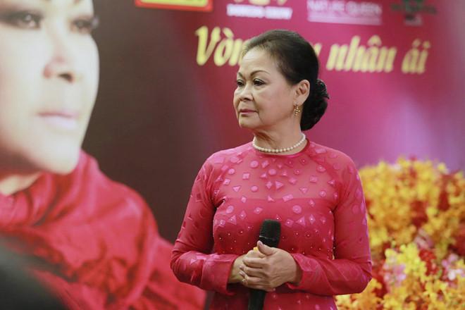 Khanh Ly: 'Toi hat 55 nam nhung khong biet not nhac nao' hinh anh 2
