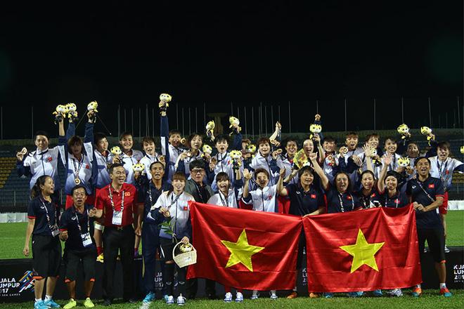 Tuyển nữ Việt Nam được thưởng 4 tỷ đồng - Ảnh 2.