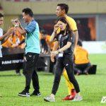 U22 Thái Lan vô địch, nữ trưởng đoàn xinh đẹp khóc như mưa