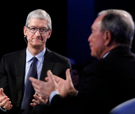 """CEO Tim Cook: """"Nếu trở thành Tổng thống, tôi sẽ độc chiếm nhân tài của thế giới"""