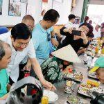 Vợ chồng nguyên Chủ tịch nước Trương Tấn Sang ăn cơm 2.000 đồng