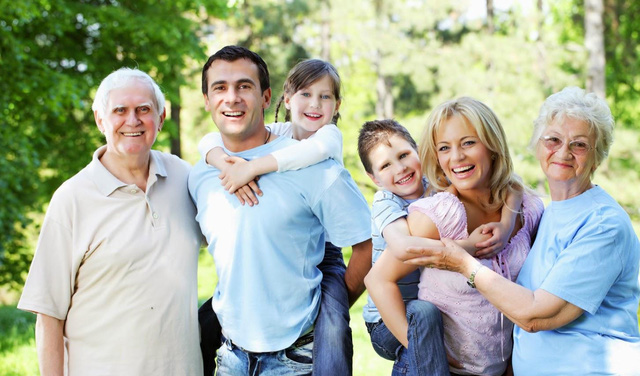Các nhà khoa học Mỹ chứng minh: Đàn ông sợ vợ không những sống lâu, mà còn dễ thăng tiến và giàu có hơn! - Ảnh 1.