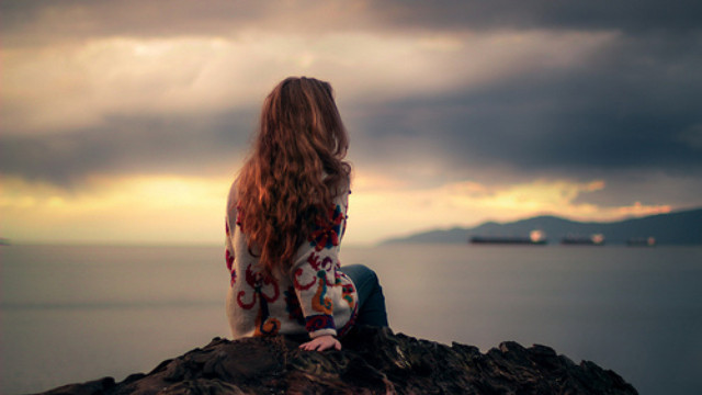 Khi người ta 30: Chẳng sợ thất tình hay cô đơn... chỉ sợ hết tiền - Ảnh 1.