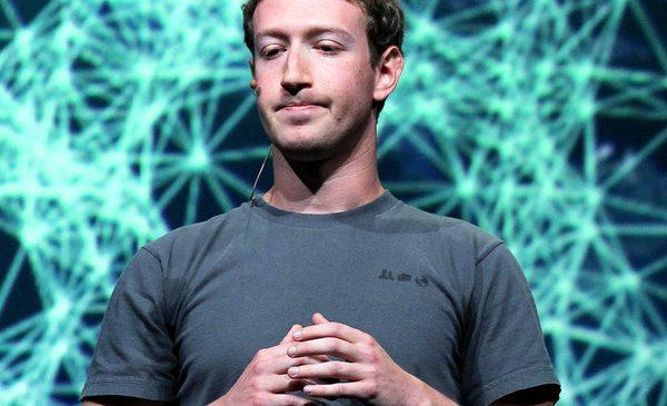 Mark Zuckerberg xin lỗi vì Facebook gây chia rẽ con người