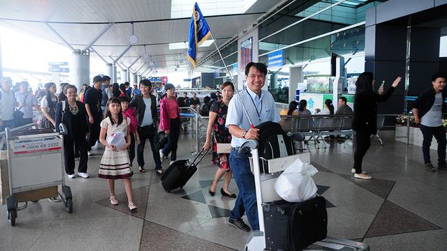 Người Việt du lịch bằng máy bay riêng - Ảnh 1.