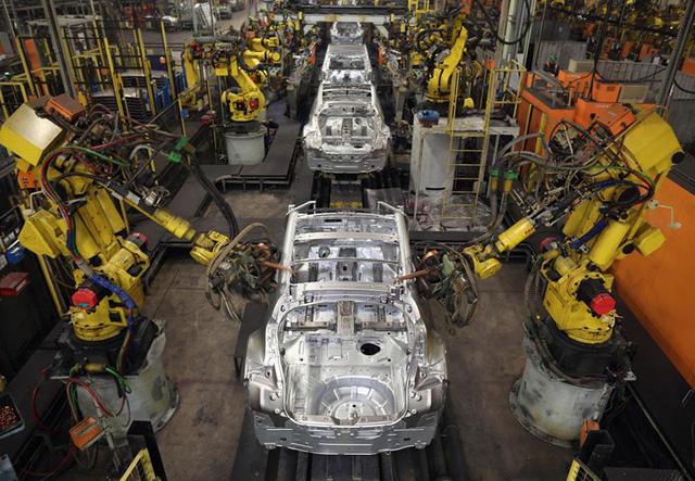 Ít nhất cả sáu ông lớn của ngành công nghiệp ôtô Nhật Bản và các thương hiệu khác đều sử dụng thép của Kobe Steel.