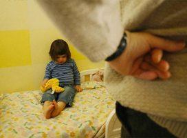 Dù có tức giận cỡ nào, cha mẹ không được đánh con trong 3 độ tuổi này