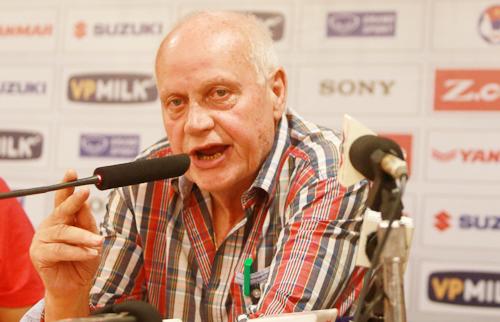 HLV của Afghanistan: 'Việt Nam không xứng đáng vào vòng chung kết Asian Cup'