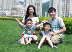 Người mẫu mù Trung Quốc hạnh phúc sau quyết định sinh con