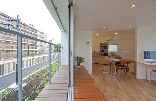 Trong những ngôi nhà của người Nhật, họ thường ưu tiên những gam màu đơn sắc, tươi sáng và đơn giản. Các không gian hẹp <a  href=