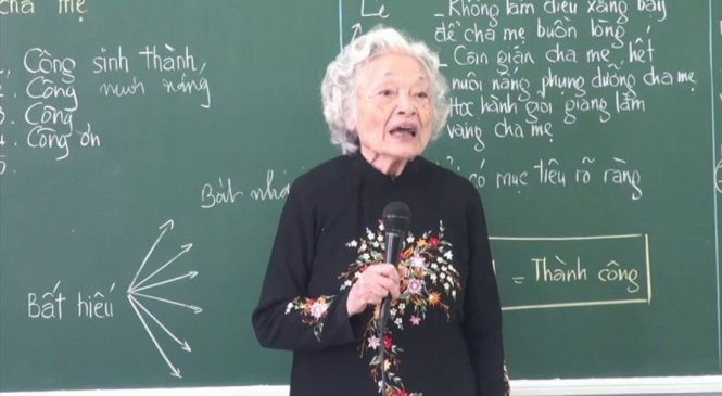 Bài giảng đạo đức gần 3 triệu lượt xem của cô giáo 87 tuổi
