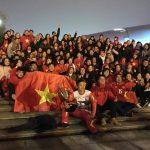CĐV 'thần kinh' lặn lội sang Trung Quốc cổ vũ U23 Việt Nam