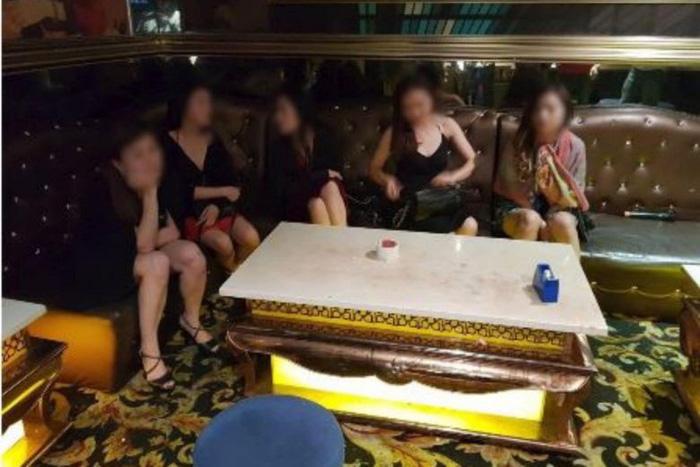 7 phụ nữ Việt bị bắt tại Singapore vì dùng ma túy, khỏa thân nơi công cộng - Ảnh 1.