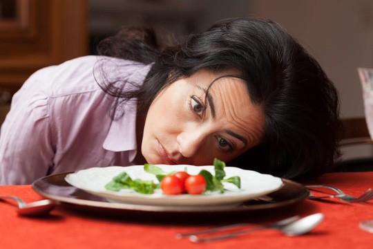 Ăn kiêng quá khắt khe sẽ suy tim! - Ảnh 1.