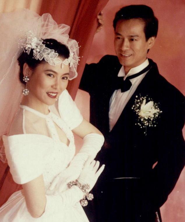 Lấy vợ là xã hội đen máu mặt, tài tử phong lưu nức tiếng Hong Kong sợ vợ như sợ cọp - Ảnh 3.