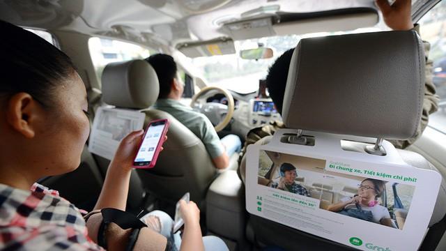 Tài xế Grab, Uber mỗi ngày kiếm 3 triệu nhờ giá 'tết mà!'