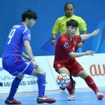 Việt Nam ngược dòng vào tứ kết giải futsal châu Á