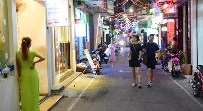 Bar kiểu Nhật ở Sài Gòn: Nhu cầu giải tỏa cô đơn