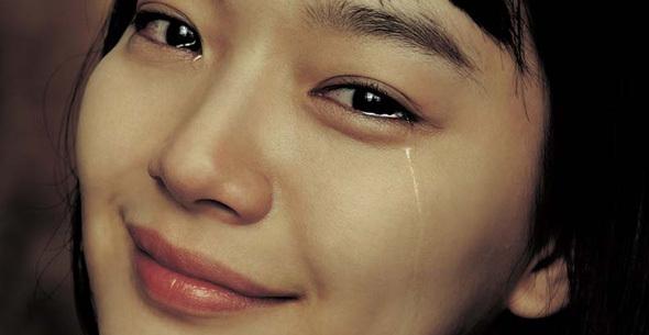 Kết quả hình ảnh cho hình ảnh phụ nữ khóc