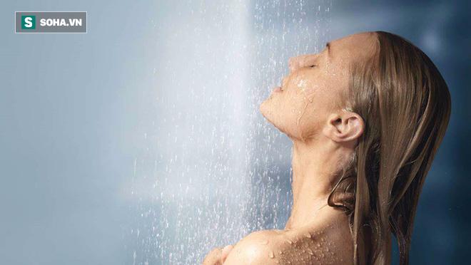 Thói quen tắm trước khi ngủ là tốt hay xấu: Chuyên gia khuyên cách tắm có lợi nhất - Ảnh 2.