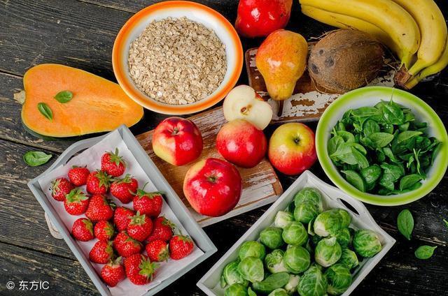 Nguyên tắc ăn uống để phòng tránh đột tử do bệnh tim: Người già hay trẻ đều nên áp dụng - Ảnh 2.