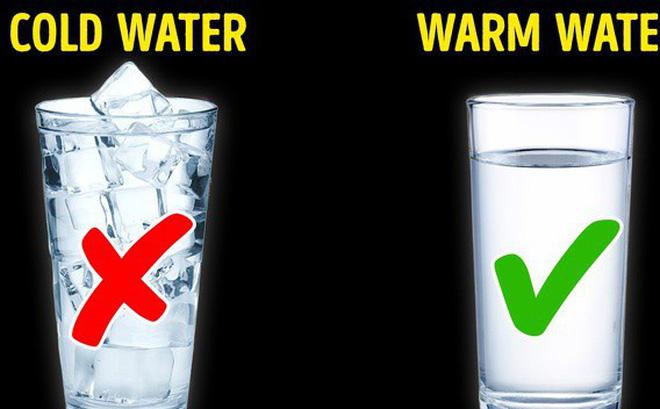 Tưởng rằng nước lạnh sẽ giải nhiệt cho cơ <a  href=