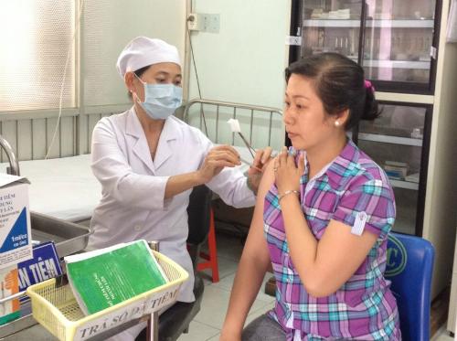Tiêm văcxin ngừa dại tại Trung tâm Y tế Dự phòng TP HCM. Ảnh:Yteduphong.