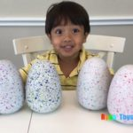 Cậu bé 7 tuổi kiếm 22 triệu USD/năm nhờ đánh giá đồ chơi trên YouTube