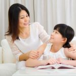 Chỉ nhờ vài câu nói của bố mẹ trước khi đi ngủ, trẻ lớn lên sẽ tràn đầy tự tin, trưởng thành và xuất chúng hơn người