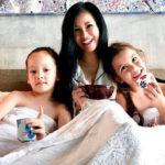 """Nghẹn ngào dòng tâm sự của Hồng Nhung trong ngày sinh nhật của hai con: """"Các con 7 tuổi, mẹ dựa vào các con"""""""